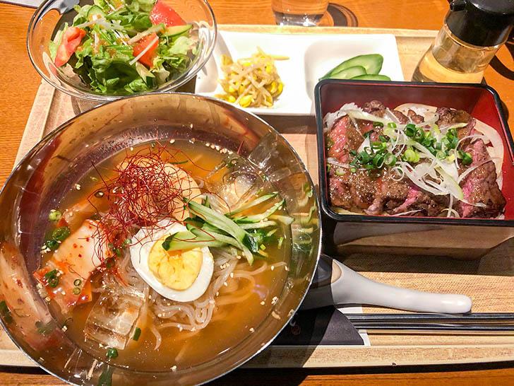 焼肉 かえで ステーキ重とハーフ冷麺ランチ