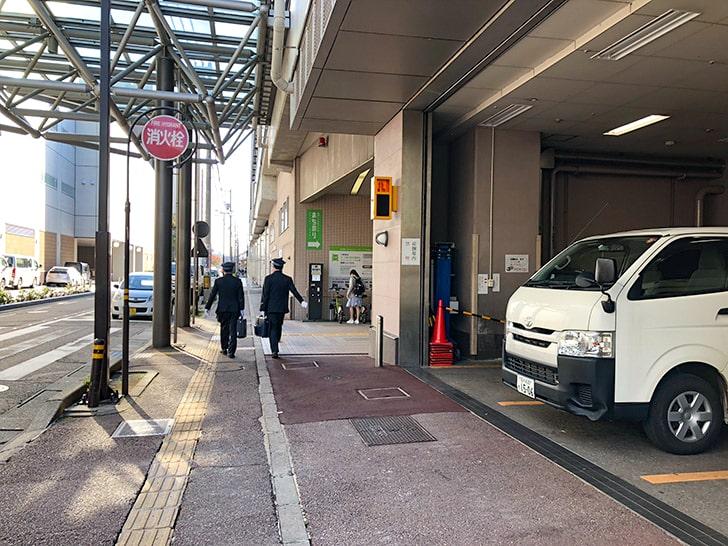 金沢駅東口_通路2
