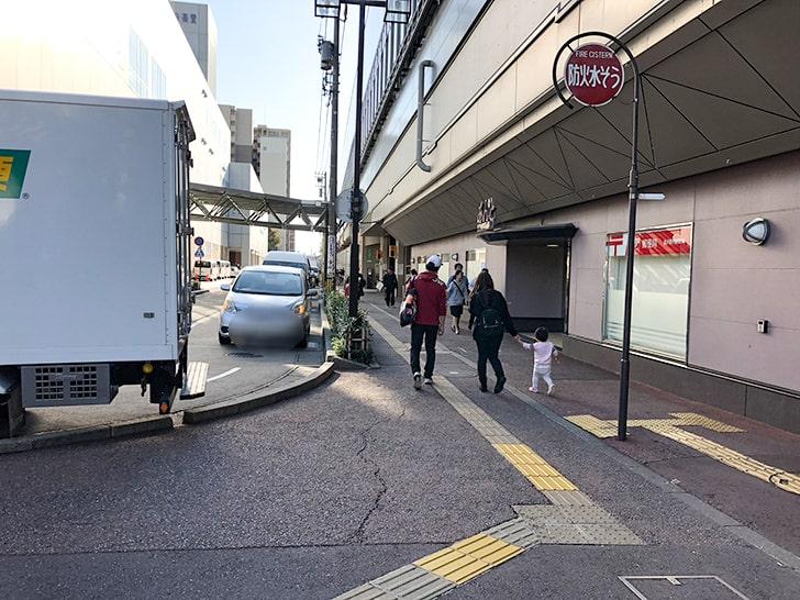 金沢駅東口_通路1