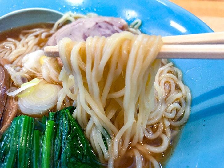 和風醤油らーめん 麺