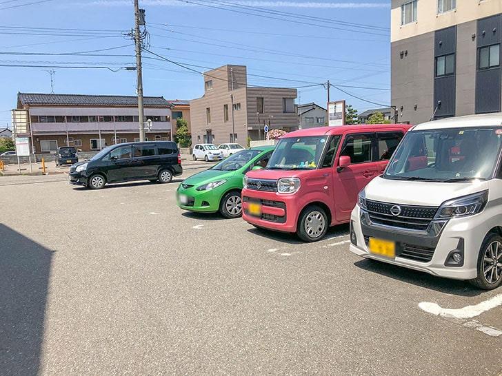 ラーメン日の出 駐車場2