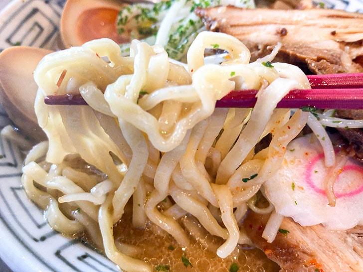 ちゃーしゅうや武蔵の麺