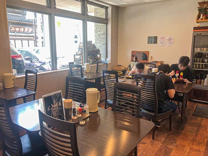 中華蕎麦 御輿(みこし) テーブル席