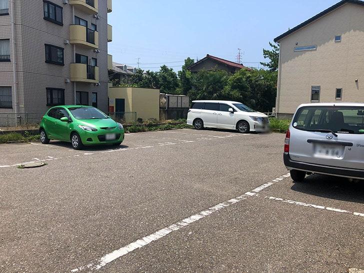 山勝 角ふじ 駐車場