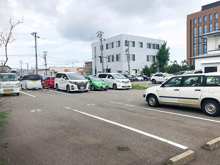 客野製麵所 専用駐車場