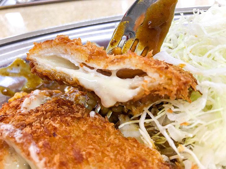 カレーのチャンピオン 野々市本店 チーズミルフィーユカツカレー とろーりチーズ2