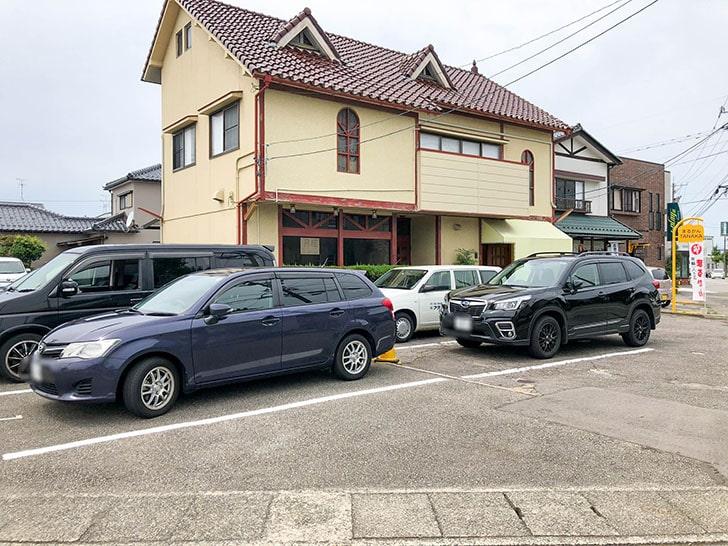 金澤流麺 らーめん南 駐車場