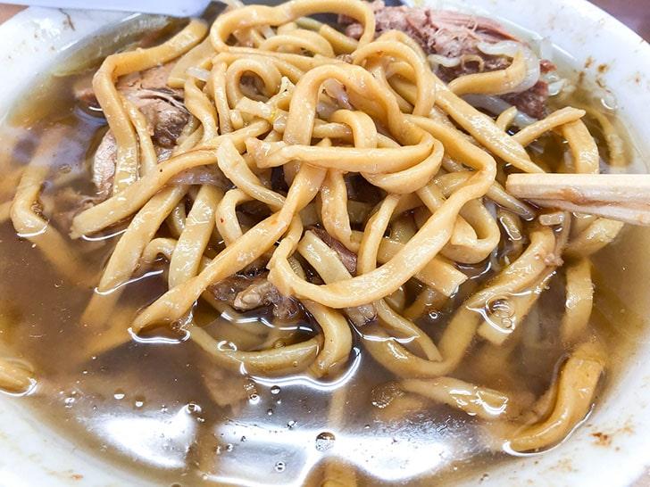 マキシマムザラーメン 初代 極 マキシマムザラーメン 初代 極 スープの底から出てくる自家製麺