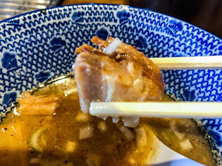 二郎系つけ麺 麺屋 凪 角切りチャーシュー
