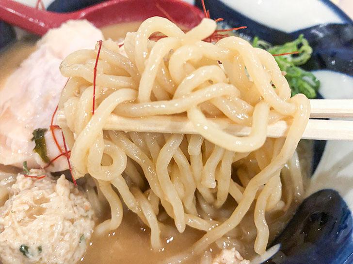 麺屋 渉 濃厚鶏味噌らーめん 麺