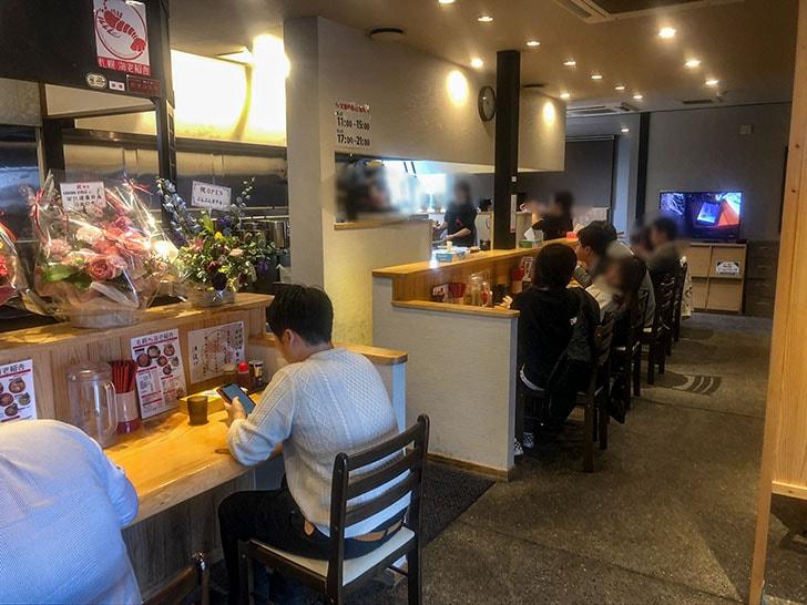 札幌海老麺舎 金沢銭五店 カウンター席
