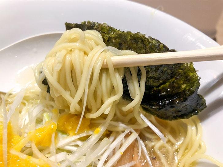 弓月(YUZUKI) 麺と海苔