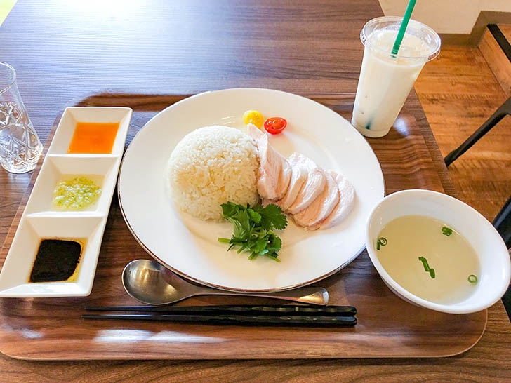 雷風 海南鶏飯(ライフーチキンライス) 海南鶏飯