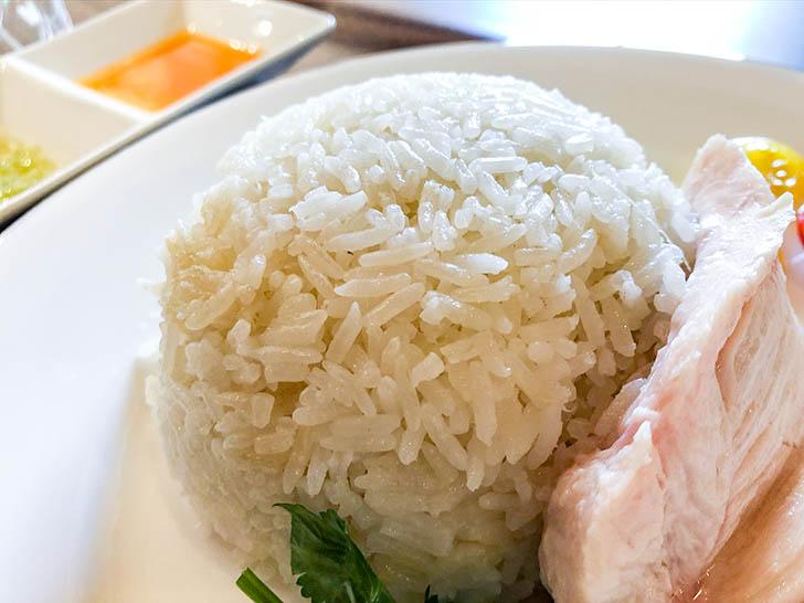 雷風 海南鶏飯(ライフーチキンライス) 生姜の効いたご飯
