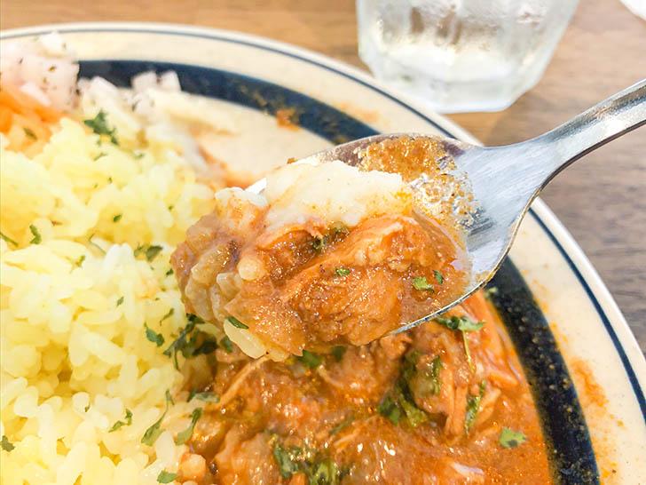 ムライ食堂 マッシュポテトとトマトカレー