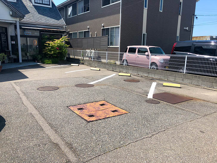 味処 わっぱ 駐車場