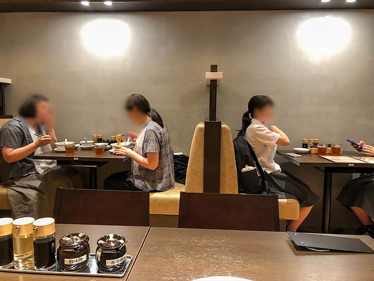 鼎's by JIN DIN ROU クロスゲート金沢店 2人用テーブル