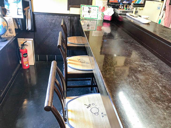 魚半 武家屋敷前店 カウンター席