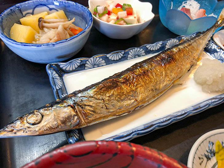 魚半 武家屋敷前店 サンマ