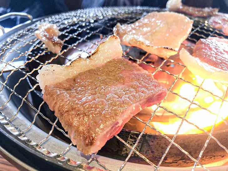 焼肉 岳 肉汁が最高