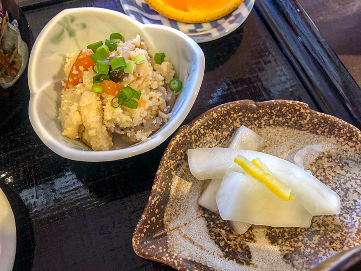 加賀丸芋麦とろ 陽菜 おから、漬物