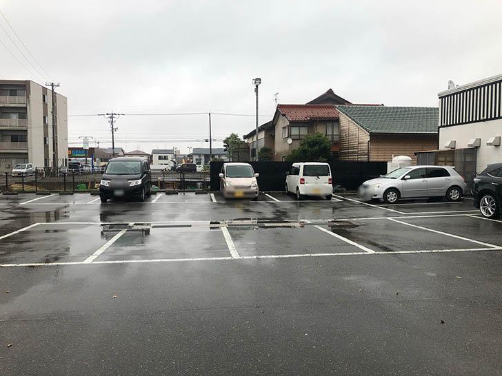 焼肉 蔵 野々市店 駐車場2
