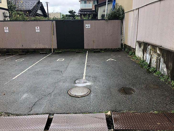 千成亭 駐車場A B