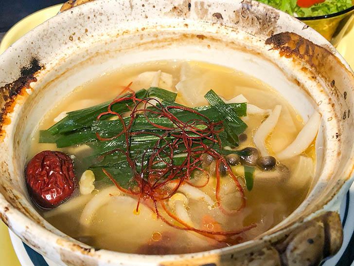 アイレットキャンテーン アツアツの参鶏湯