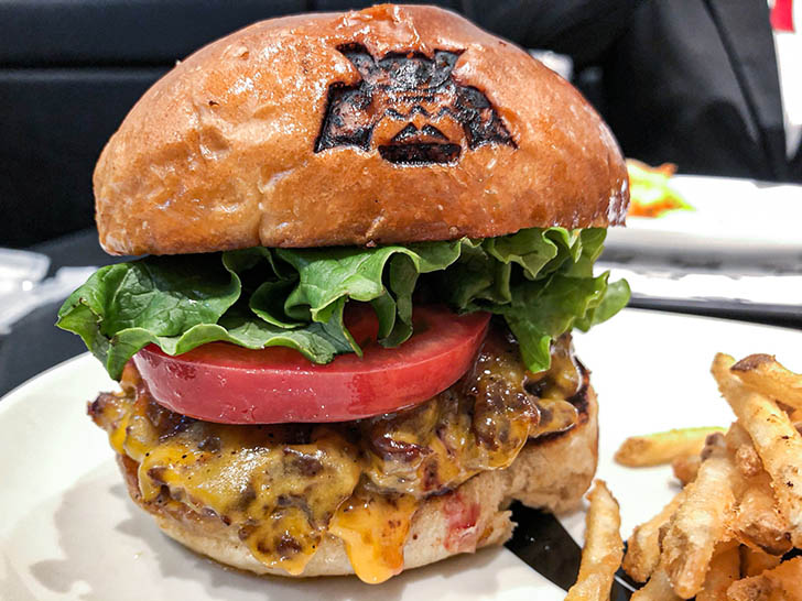 SHOGUN BURGER クロスゲート金沢店 和牛100%のチーズバガー