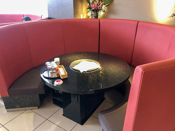 桜はなび テーブル席