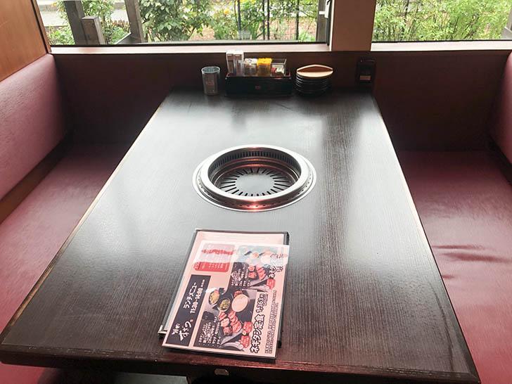 焼肉すぎの 野々市店 テーブル席