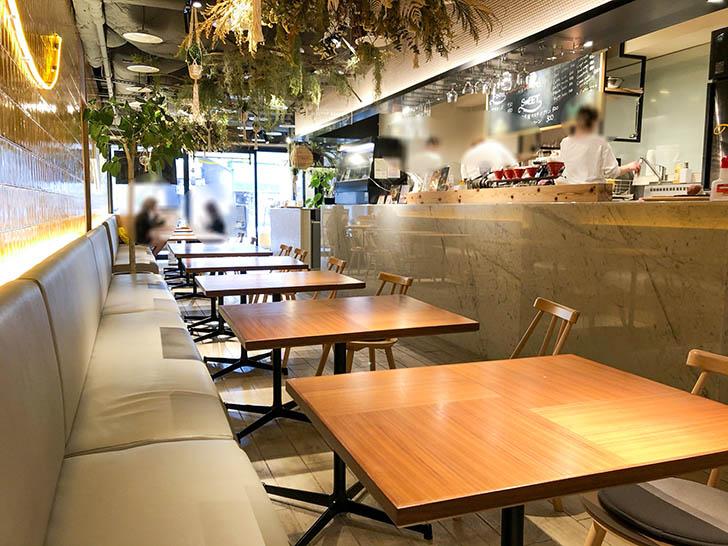 NOMIAM CAFE 店内