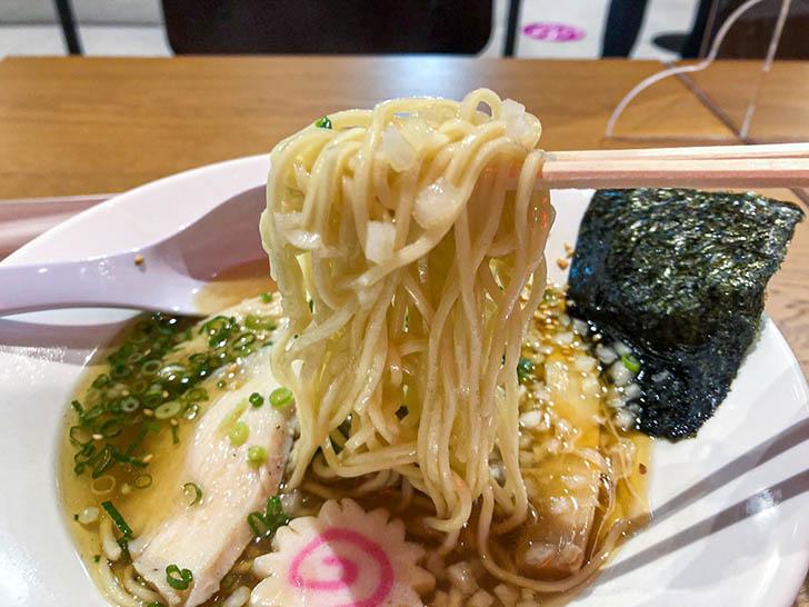 あご翔ラーメン 六系 イオンモール白山店 麺
