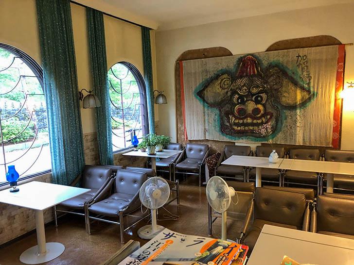 カフェ・ド・ティー・エリー テーブル席